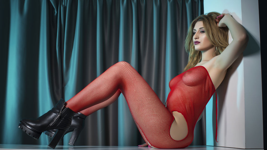 Watch the sexy TiaraCrystal from LiveJasmin at GirlsOfJasmin