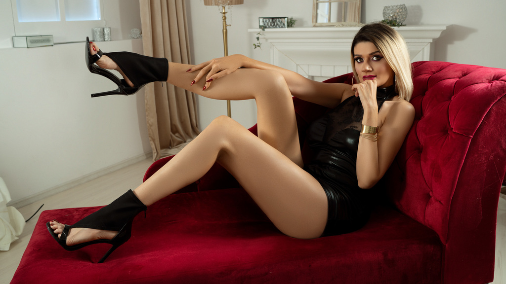 Watch the sexy AylaJo from LiveJasmin at GirlsOfJasmin