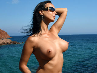 m00nshine LiveJasmin-Let me take you into