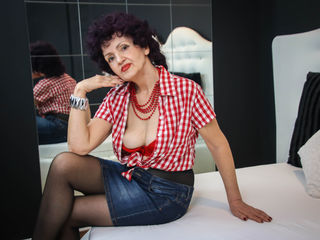 KittenSlyde Masturbate live-I like trying new