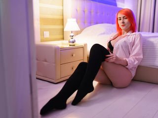 LilianB Live Jasmin-hi! I love smart