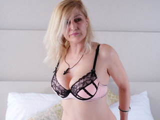 VIVO.webcam MatureAdultFunn (58) MILF with normal breasts