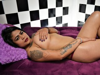 Webcam model valeryboom from Web Night Cam