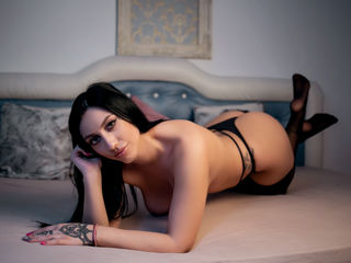 YassmineSky Adults Only!-Step into my room