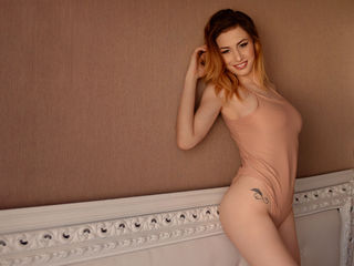 KaiiaMerlyn Masturbate-I'm a person with