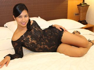 Webcam model kylene143 from Web Night Cam
