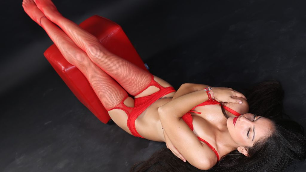 Watch the sexy AnnyJessica from LiveJasmin at GirlsOfJasmin