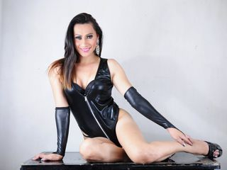 xxAMANDATOPxx Adults Only!-Looking for Fun?