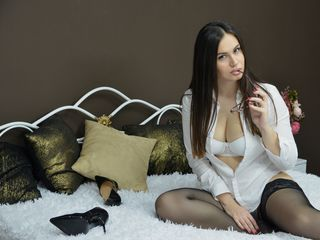 MonikaBlush Adults Only!-I m a sexy brunette