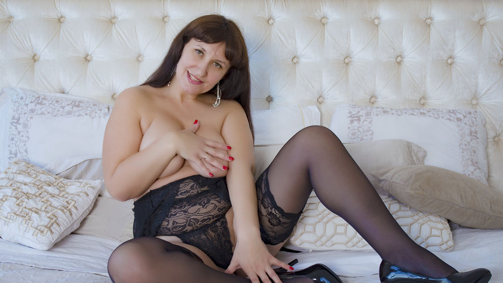 Watch the sexy DonnaMadonna from LiveJasmin at GirlsOfJasmin