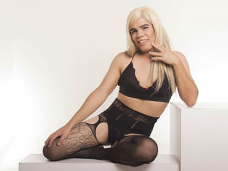 image of tranny cam model angelafoxxx