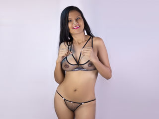 Webcam model JulieGiant from Web Night Cam