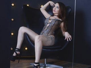 ChenAisha Adults Only!- I`m an active girl,