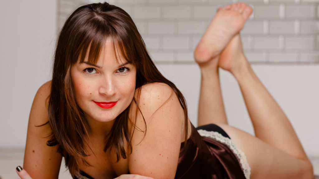 Watch the sexy LilianaFrost from LiveJasmin at GirlsOfJasmin