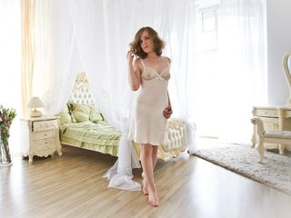 IvyPassion Sex-A perfect sex kitten