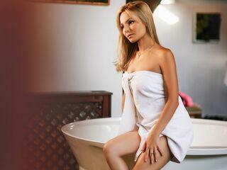 Sexy profile pic of DiamondSerena