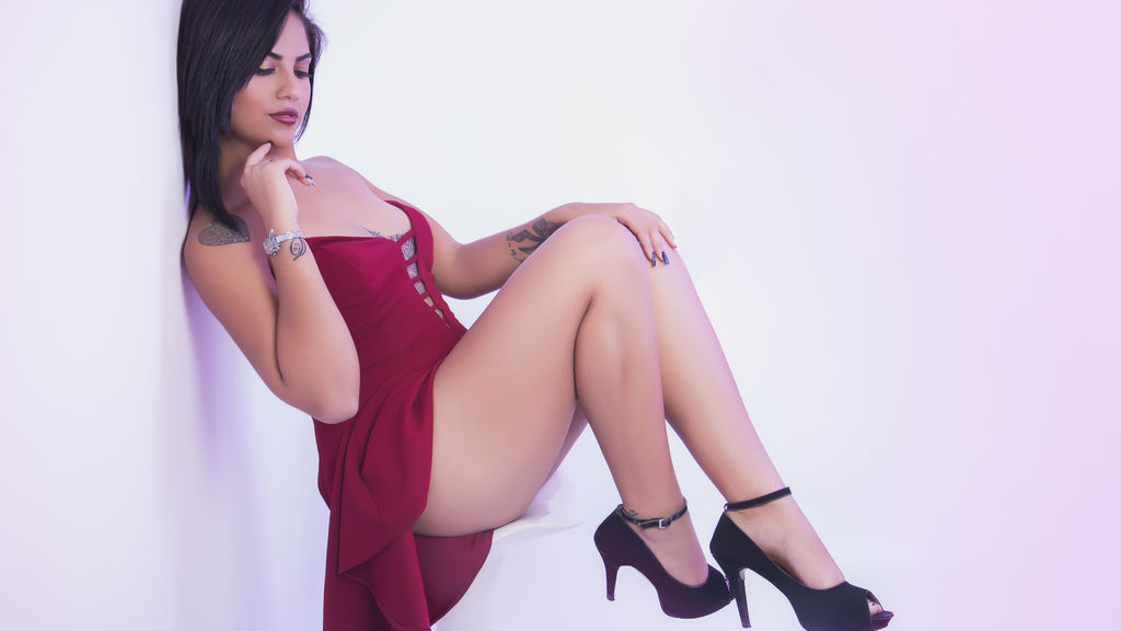Watch the sexy NaniCastro from LiveJasmin at GirlsOfJasmin