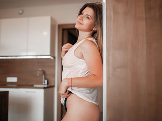 MillieMichelle Adults Only!-I am a girl with