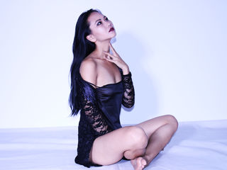 VIVO.webcam BonnieJoss (19) girl with normal breasts
