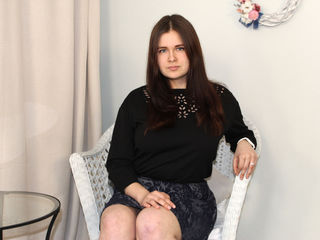 I'm A Live Webcam Good-looking Girl And At I'm Named AmyGracious And My Age Is 18 Years Old