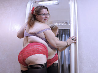 BustyMelanie Adults Only!-My name is Melanie.