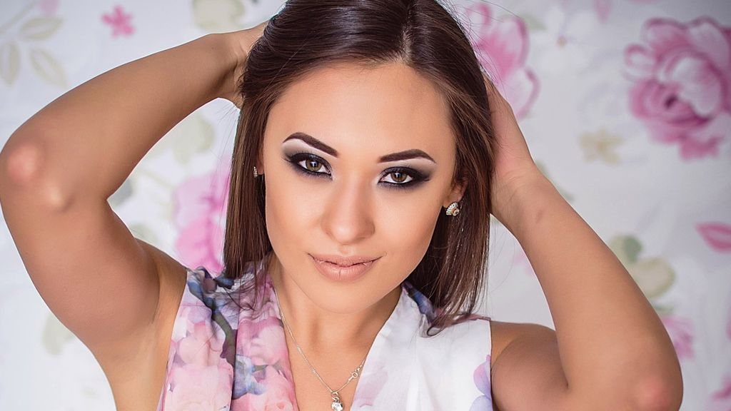 Watch the sexy EVAmour from LiveJasmin at GirlsOfJasmin