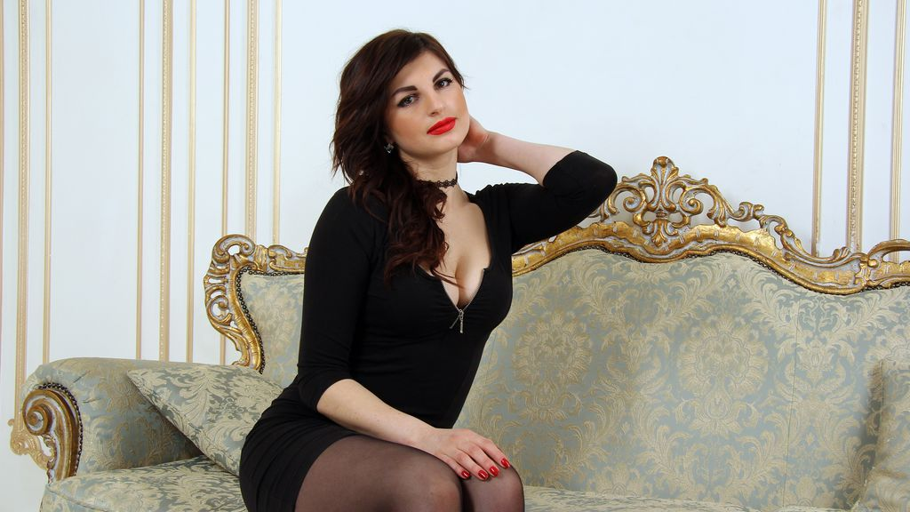 YourMartini online at GirlsOfJasmin