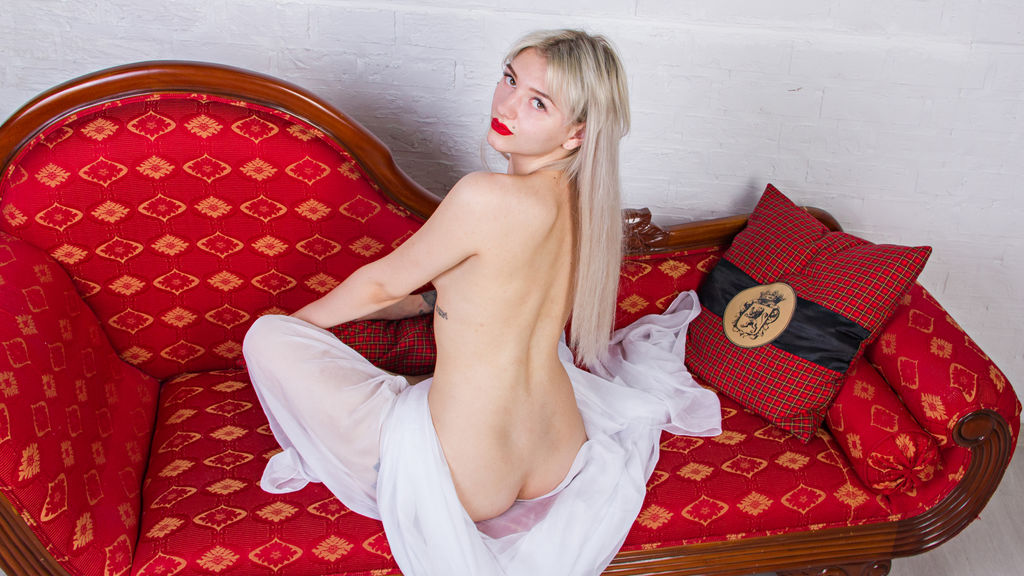 MartaXX online at GirlsOfJasmin
