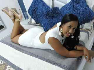 Webcam model XiomaraBrown from Web Night Cam