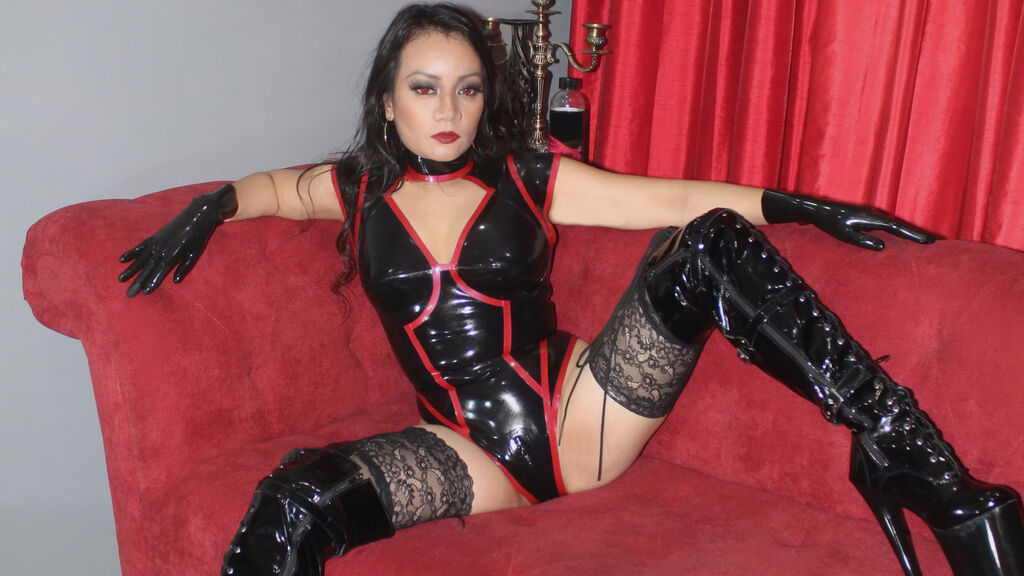 Watch the sexy ShielaXtrme from LiveJasmin at GirlsOfJasmin