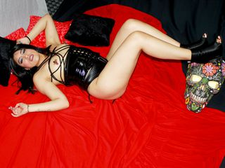 AmandaDirty Adults Only!-Im a obedient slave,