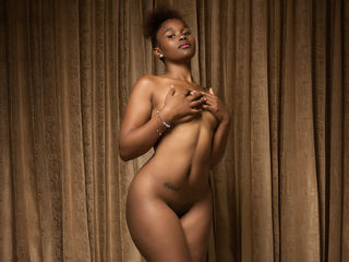 LeylaMayers Adults Only!-Im a good women that