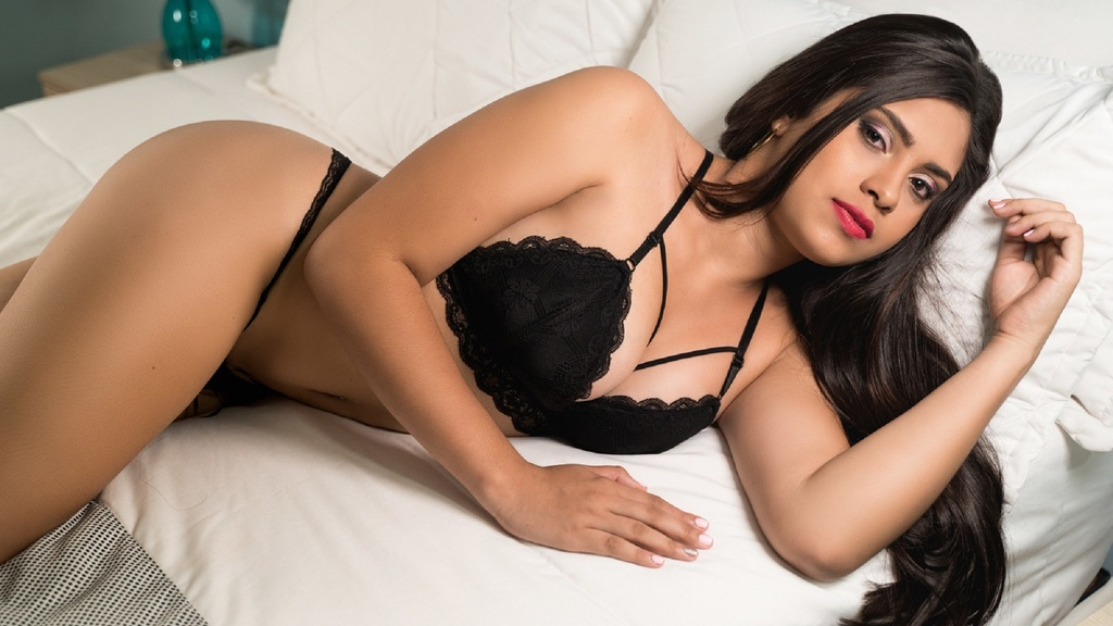 Watch the sexy MeganPearce from LiveJasmin at GirlsOfJasmin