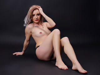 NickyBlues Live XXX-I'm NickyBlues and