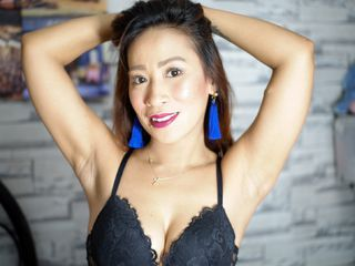 Webcam model 0hCUM2MYTITS from Web Night Cam