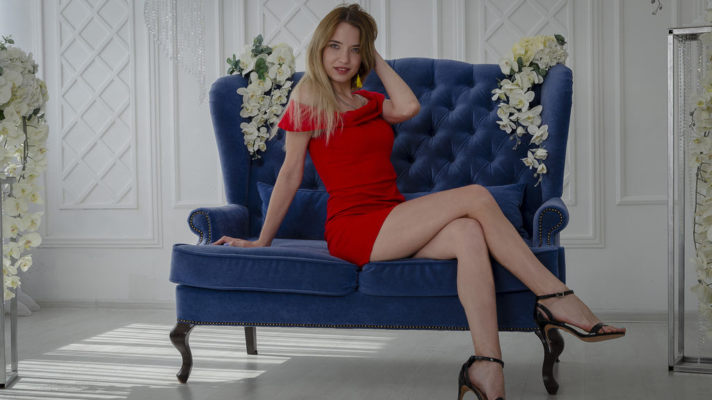 Watch the sexy AngieCherry from LiveJasmin at GirlsOfJasmin