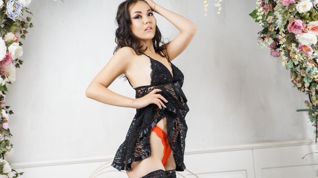 UmiBloom's profile from LiveJasmin at GirlsOfJasmin'